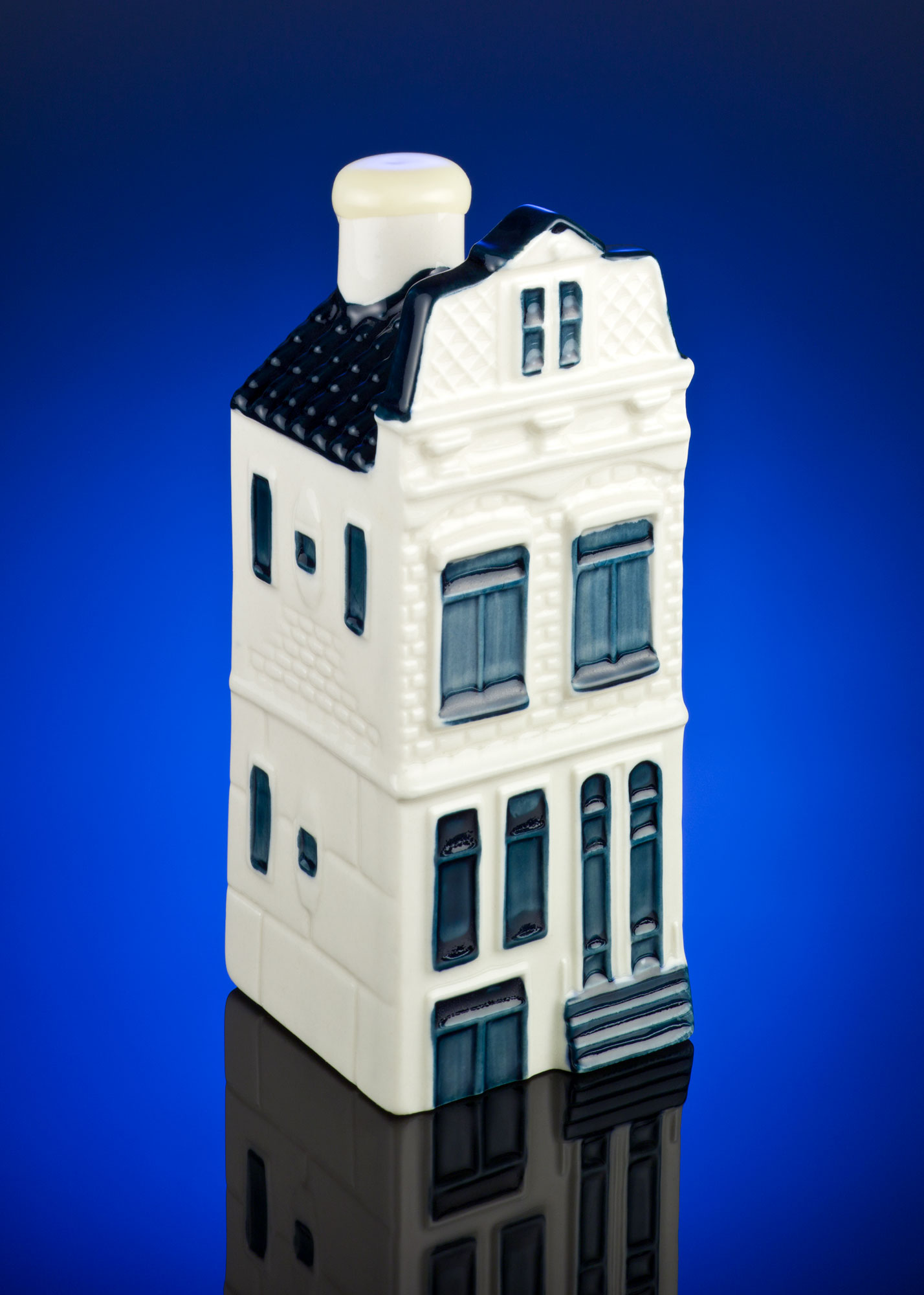 Product Photography I: KLM Canal House by Alex Kay